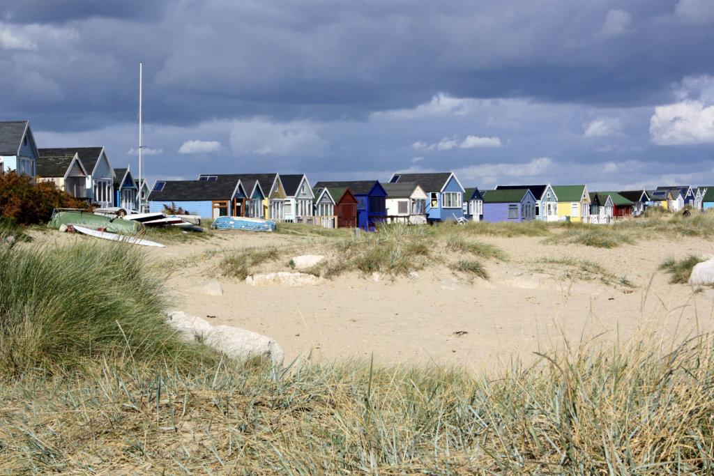 Die vermutlich teuersten Holzhütten stehen auf der Mudeford Sandbank