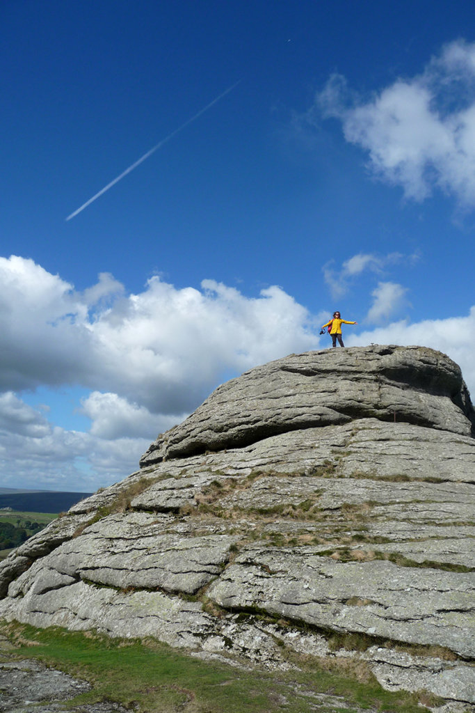 Haytor Rocks im Südwesten Englands bietet einen fantastischen Blick über das Dartmoor