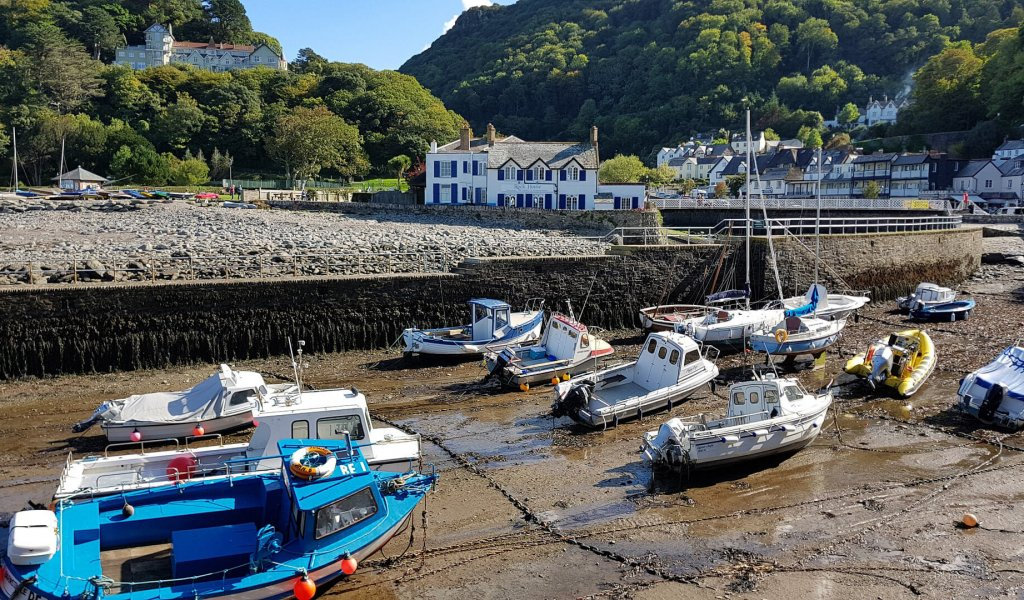 lynmouth-4393949_1920
